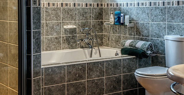 Domowe sposoby na mycie fug