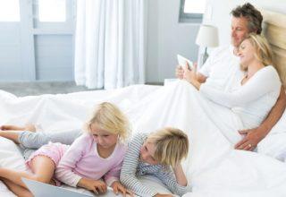 Wygodne łóżko z materacem - jakie wybrać?