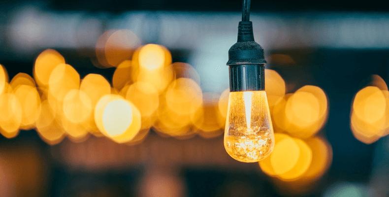 Aranżacja Strychu - Oświetlenie