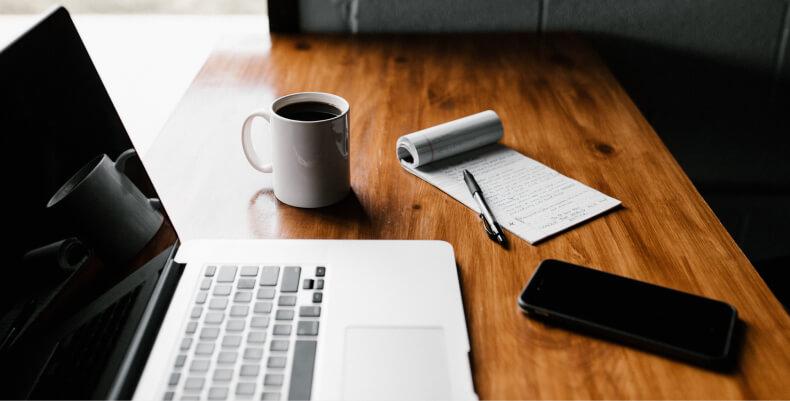 Miejsce do pracy w domu - biurko