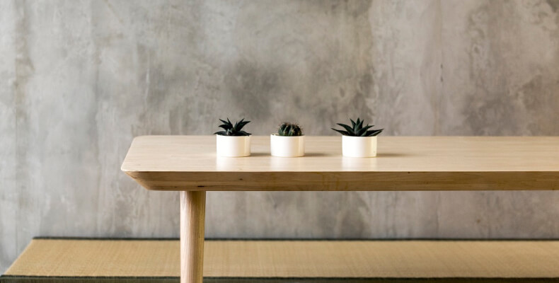 Małe wnętrze - stół
